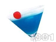 Коктейл Синята Дама (Blue Lady) с джин, лимонов сок и ликьор синьо кюрасо